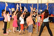 Doe Dans 2008 kinderprogramma Dans in School